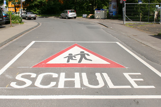 Achtung Schule! - Foto: Helge May